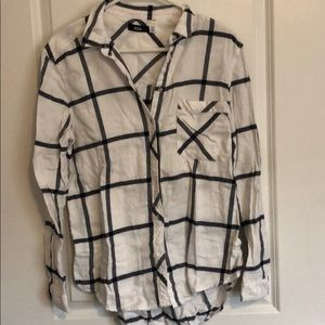BDG white and black flannel
